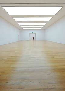 empty-gallery-space-i17
